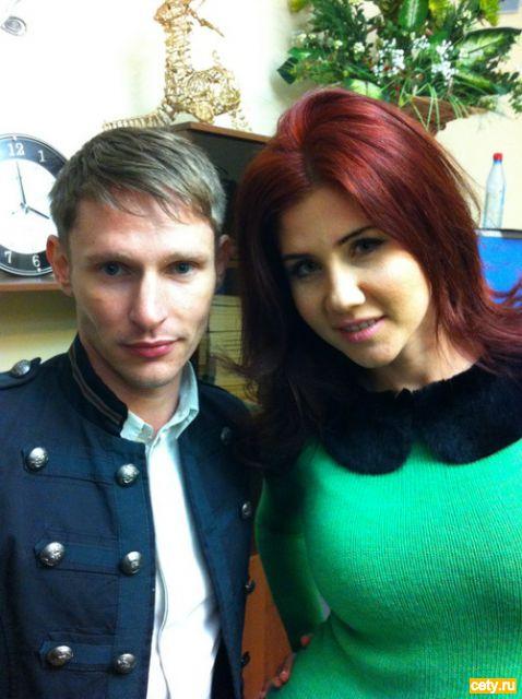 Солист группы Revolvers Алексей Елистратов и телеведущая Анна Чапман